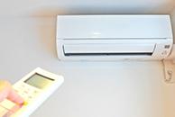 """夏前に知っておきたい""""エアコン代節約方法""""「風量は○○」「エアコン+○○でより涼しく」"""
